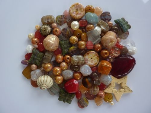 250 Mixed Glass Acrylic Jewellery Making Craft Beads Fudge Delight