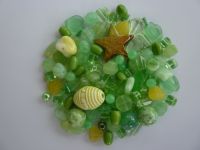 250 Mixed Glass Acrylic Jewellery Making Craft Beads Lime Sorbet